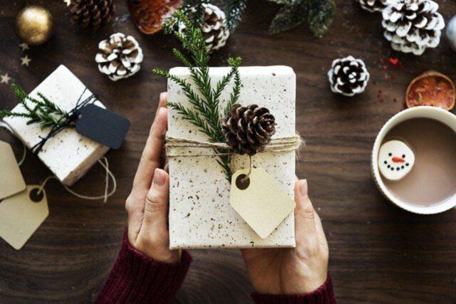 Zestawy prezentowe na święta – Dla znajomych i rodziny