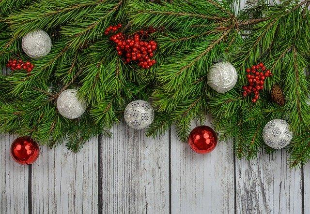 Dekoracje świąteczne, czyli jak przystroić dom na święta?